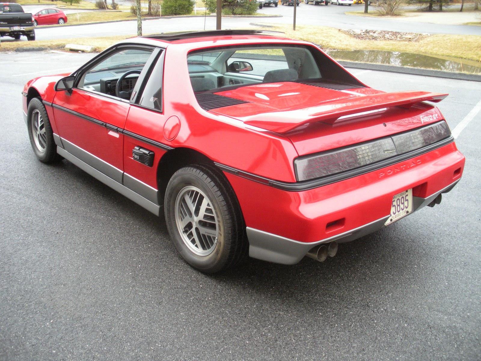 1985 Pontiac Fiero GT 2-Door Fastback