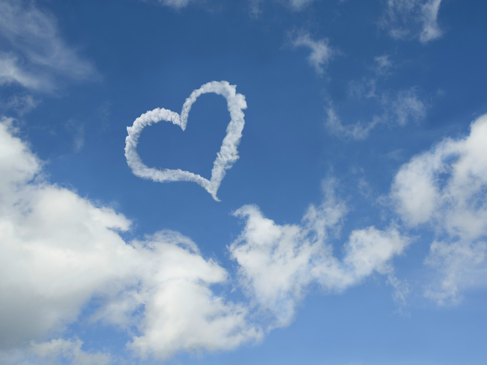 Valentines Day  Heart shaped cloud wallpapers  ART FOR YOUR WALLPAPER
