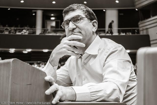 Richard Laub -  Stand Up For Europe - Parlement européen - Photo by Ben Heine