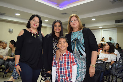 Ligia de Castro, Eligia Ramos, Arlene Fandui y Isaa Castro