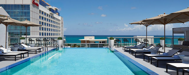 Satisfy your craving for something different at AC Hotel Miami Beach. This unique hotel features elegance and sophistication in the heart of Miami Beach.