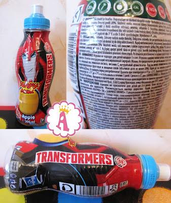 Бутылка с напитком и киндер сюрпризом Трансформеры