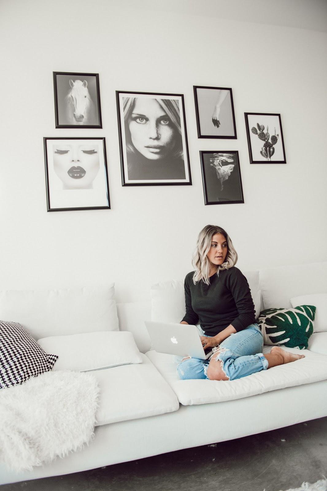 Modern Gallery Wall Inspo - @taylorwinkelmeyer