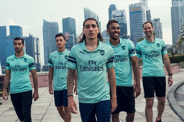 01e216e1dcf Likely the last made by Puma, as Adidas is reported to take over from the  2019-2020 season, the new Puma Arsenal 18-19 third kit was unveiled during  the ...