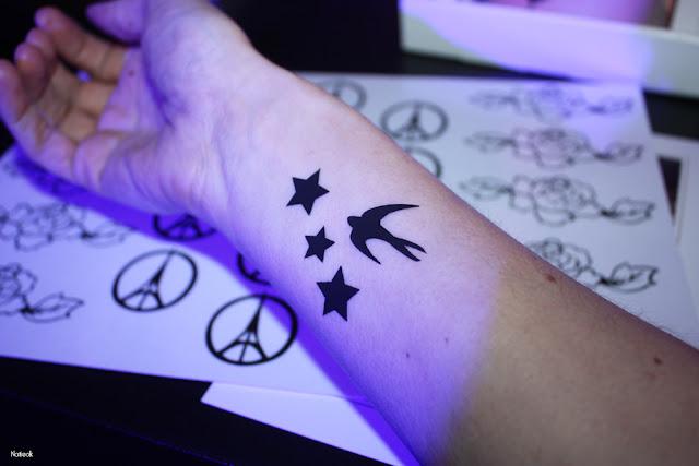 tatouages éphémères étoiles et hirondelle