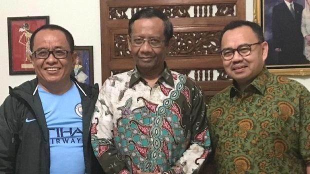 "Apa Makna Sudirman Said Ajak Mahfud Md Pindah ""Klub""?"