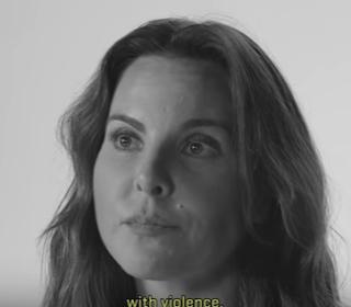 """Kate del Castillo dice su ex esposo """"me pegaba, me pateaba,"""