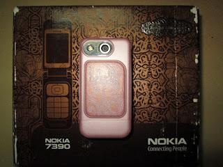 Hape Jadul Nokia 7390 Flip Fashion Phone Seken Mulus Kolektor Item