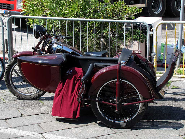 Sidecar outside the Tuttovela Village, Livorno