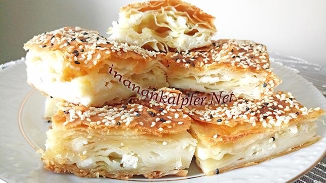 El Açması Peynirli Tepsi Böreği -inanankalpler.net