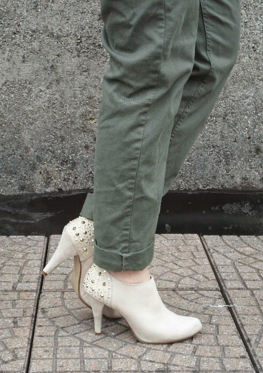 Beige studded ankle booties || Funky Jungle, #fashion & personal #style blog