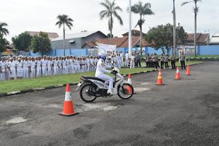 Polres Cirebon Gelar Safery Riding Dikalangan Taruna AKMI Cirebon