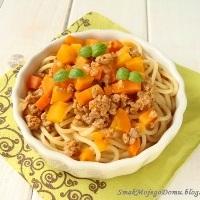 http://smakmojegodomu.blogspot.com/2016/07/spaghetti-z-miesem-i-marchewka.html