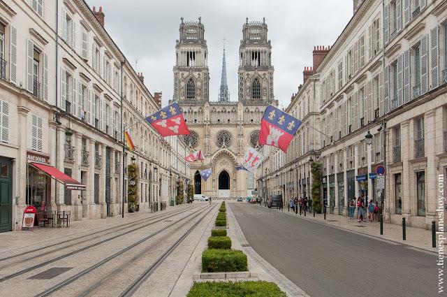 Orleans Viaje Francia en coche roadtrip Loira turismo