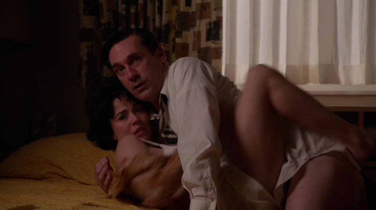 naked-women-from-mad-men-julie-andrews-sex-scene
