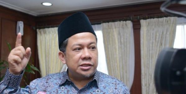 AGEN BOLA - Walaupun diancam dipecat, Fahri Hamzah pilih setia di PKS