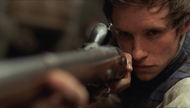 Eddie Redmayne Les Misérables (2012) movieloversreviews.filminspector.com