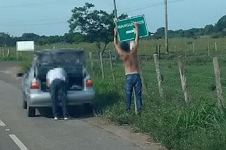 https://vnoticia.com.br/noticia/3590-apos-vandalismo-placa-de-sinalizacao-em-manguinhos-e-recolocada-por-um-dos-infratores