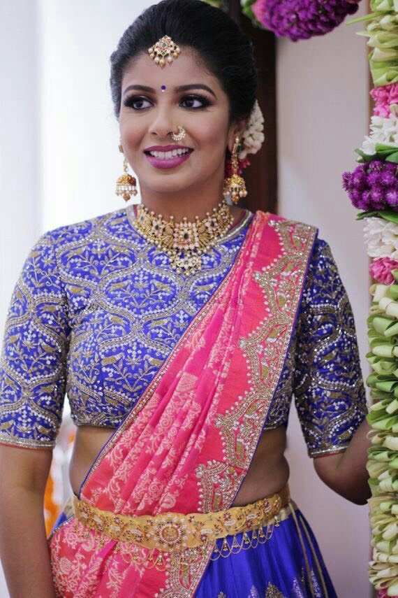 Bride in Nakshi Choker