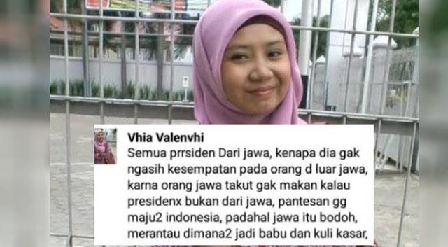 Lecehkan Orang Jawa 'Goblok', Gadis Ini Jadi Orang Paling Dicari di Media Sosial ' Bantu Share ya Biar Cepat Ditangkap'
