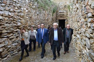 Επίσκεψη Α. Μπαλτά στην Αρχαιολογική Συλλογή, τον θολωτό τάφο και το αρχαίο θέατρο Αχαρνών