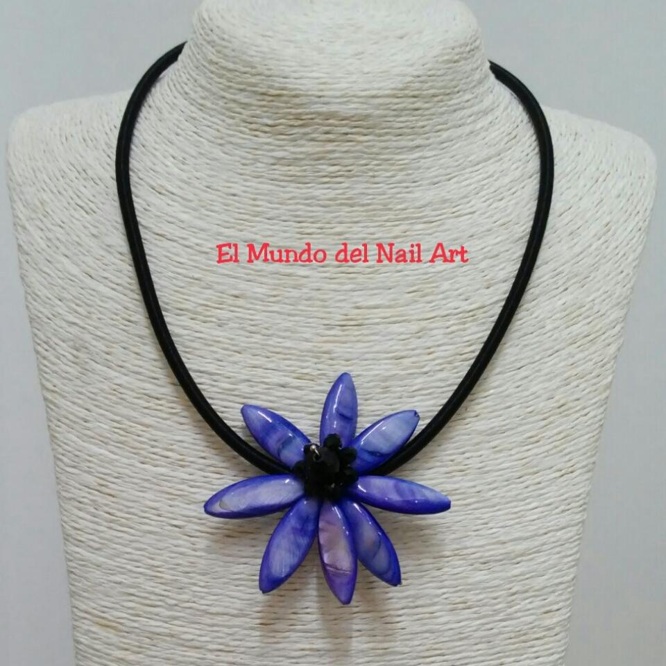 264f7a1aa1d4 El Mundo del Nail Art  Collar Azul Nacar de Bisutería de Moda