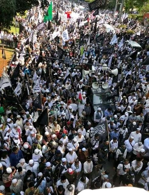 Jumat Besok, 10.000 Massa akan Hadiri Aksi Bela Tauhid di Istana Presiden