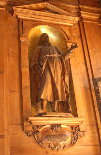 The statue of Tagliacozzi in the anatomical theatre of the Archiginnasio