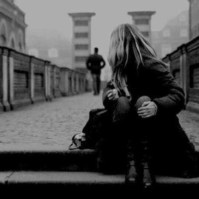 Em yêu anh, dẫu anh quên em rồi...