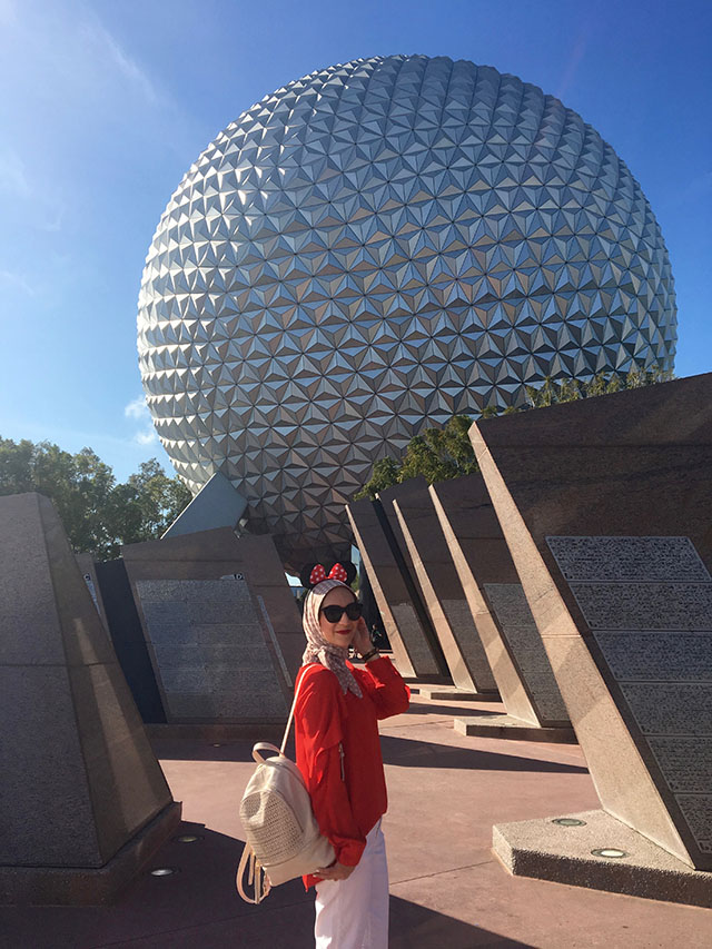 Epcot-Mickey Mouse-Travel Blog