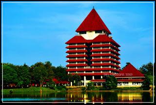 Dafta universitas terbaik di indonesia