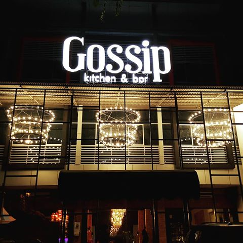 REVIEW MAKANAN DI CAFE GOSSIP KITCHEN AND BAR BARITO SEMARANG