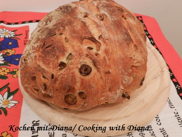 Brot mit Oliven