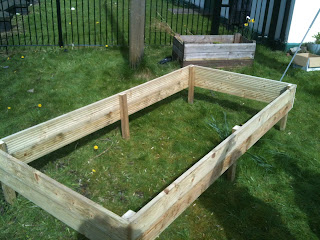 how to make, raised beds, gardening