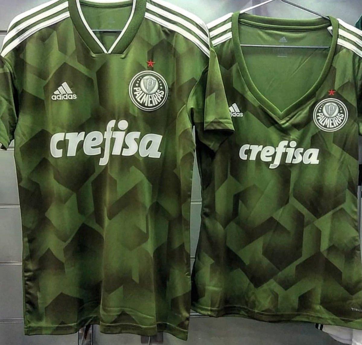 f27deec250 Nova terceira camisa do Palmeiras tem imagem vazada - Show de Camisas