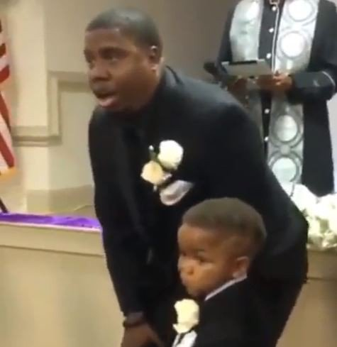 This man's reaction to seeing his bride walking down the aisle is a must watch