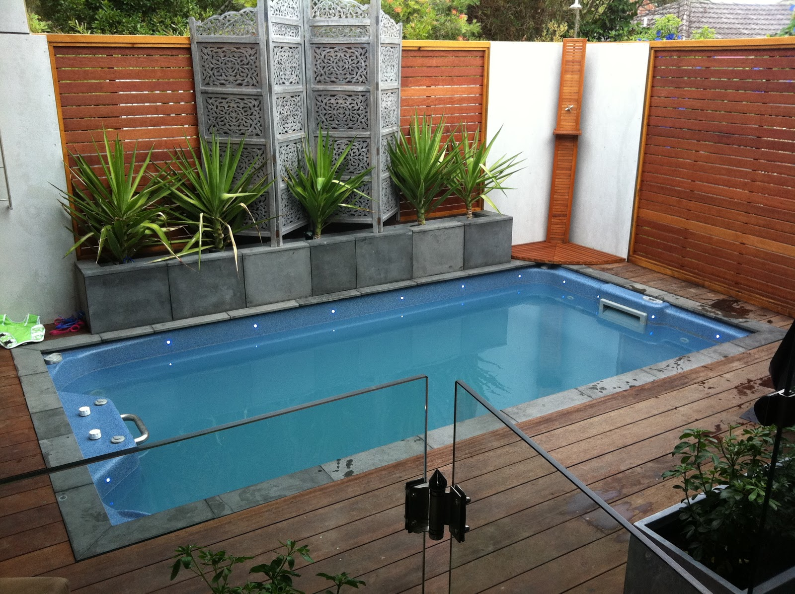 Endless spas swim spas featured in small backyards - Endless pools swim spa owner s manual ...