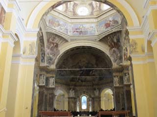 Interni, Cupola dell'abbazia di Santa Maria del Monte.