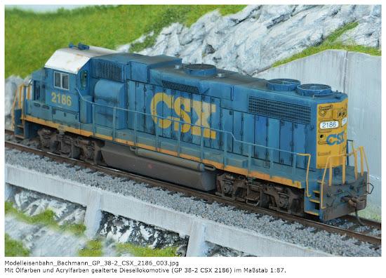 Modelleisenbahn_Bachmann_GP_38-2_CSX_2186_001-004.jpg; Mit Ölfarben und Acrylfarben gealterte Diesellokomotive (GP 38-2 CSX 2186) im Maßstab 1:87. Quelle: Frank-Egon Stoll-Berberich 2017, www.f-es-b.de.