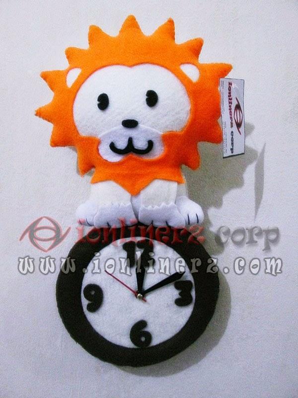 Jam Dinding Flanel Karakter Kartun Boneka Singa/Lion