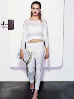 489f8c0ed Un look muy juvenil y creativo es lo que predomina en la colección de  Bershka para el catalogo de ropa primavera verano 2013. Bershka se suma a  la tendencia ...