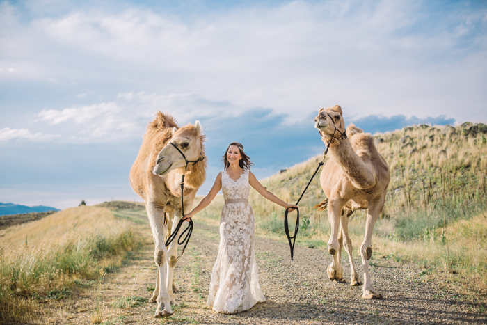 Camel Discovery Paradise Valley / Photography: Kacie Q. Photography / Hair + Makeup: Emily Toppers / Styling + Flowers: Katalin Green / Dress: Essence of Australia via Plume Bridal / Headpiece: Paris by Debra Mooreland