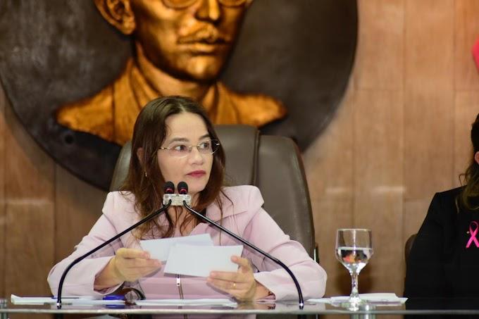 CMCG realiza sessão especial alusiva ao Outubro Rosa