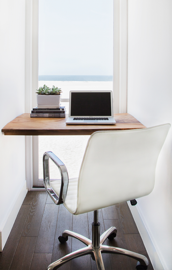 Narrow home office with sea view | Design by Orlando Soria, photo by Tessa Neustadt
