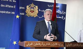 """الهجرة: المغرب، عامل """"استقرار"""" في منطقة تمر بأزمة """"جد عميقة"""" (مفوض أوروبي) 23 نوفمبر 2017"""