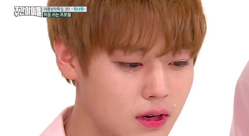 6 Idola K-Pop Pria Yang Bisa Membuat Kamu Seperti Menangis Ketika Melihat Mereka Menangis