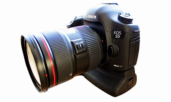 Harga Kamera Digital SLR Canon EOS 5D dan Spesifikasi Lengkap Terbaru