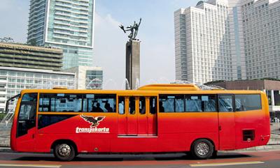 7 Hal yang Sekiranya Tidak Dilakukan di Transjakarta