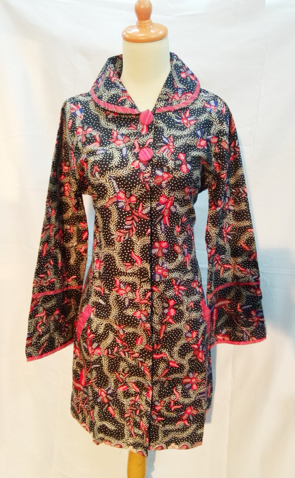 Batik Grosir Waroeng Opera Indonesian Craft  Batik Modern Wanita ... 921558e95b