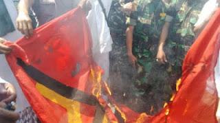 Masih Lakukan Sweeping Attribut PKI Walau di larang istana, Pengamat : TNI Sudah Gerah, Ini Sinyal Melawan ! - Commando